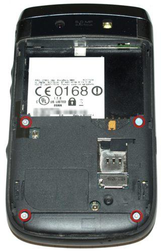 Blackberry 9800 torch - az először szembeötlő T6-os csavarok